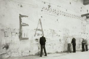 Βλάσης Κανιάρης_Το ουρητήριο της Ιστορίας